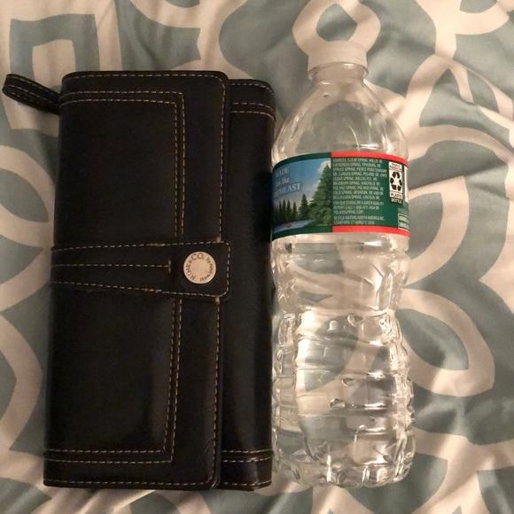Nine & Co. Handbags - Nine West Wallet!
